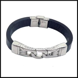 Armband i läder & stål