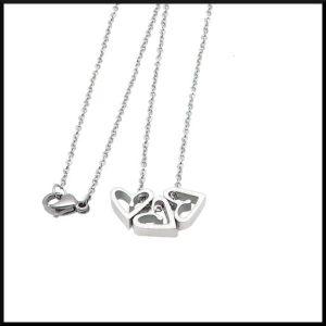 Halsband Trippel Love Hjärtan