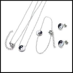 Halsband, armband och örhängen med yin/yang