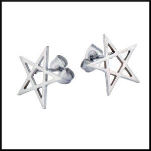 örhänge som liknar en stjärna