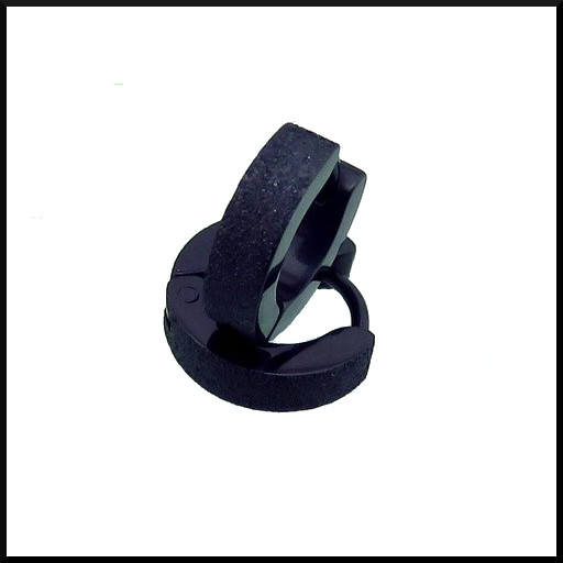 Creol örhängen i svart pläterat stål