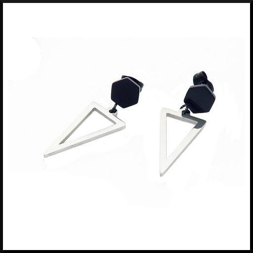 Örhänge med hängande trekant