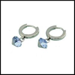 Örhänge med ljusblå kristall