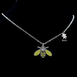 halsband med bi i stål
