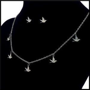 Halsband i stål med fåglar