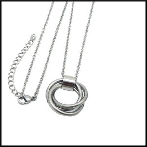 Halsband i stål
